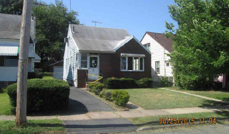 Great 3 BR House In Bloomfield