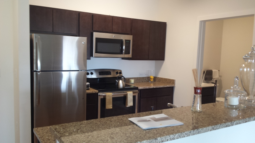 Luxury 2 BR 2 Bath Apartments in University Heights