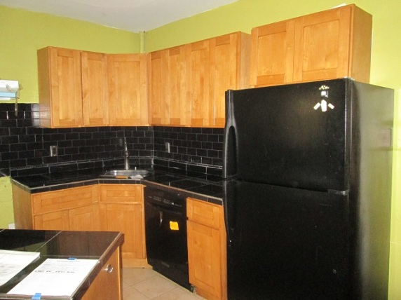 352-551634-_kitchen_3_52599624